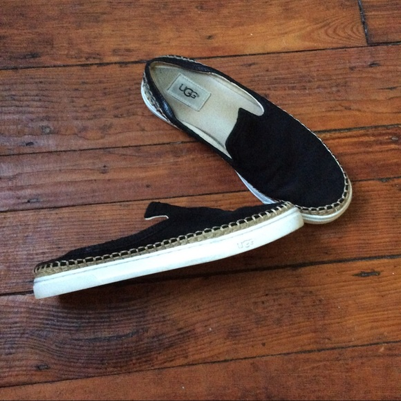 8be9522c46b Ugg caleel black slip on sneakers shoes size 8.5